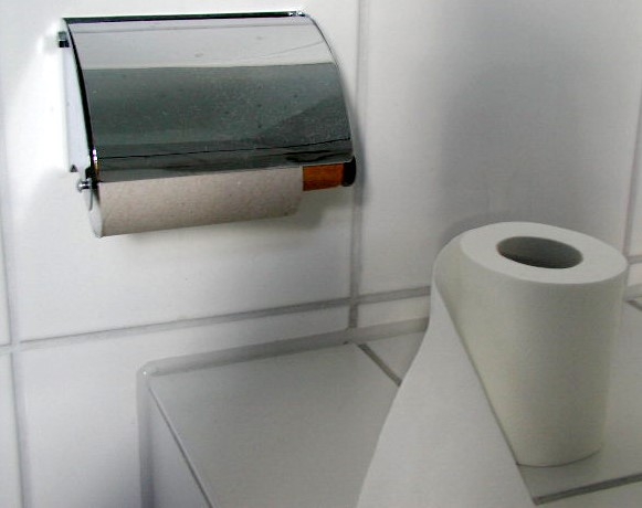 Loo roll out